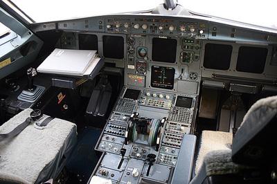 エアバスA320コクピット.jpg