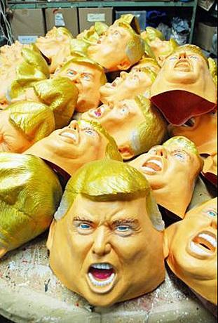 トランプマスク.jpg