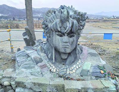上田市 謎の石像_1.jpg